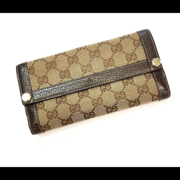 3f9ebef3 Authentic Gucci Wallet